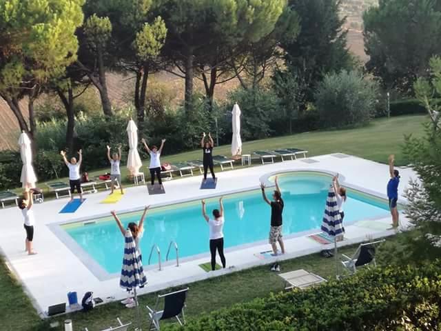 OlisticMap - Lezioni di Qi Gong e relax in piscina da Shanti House