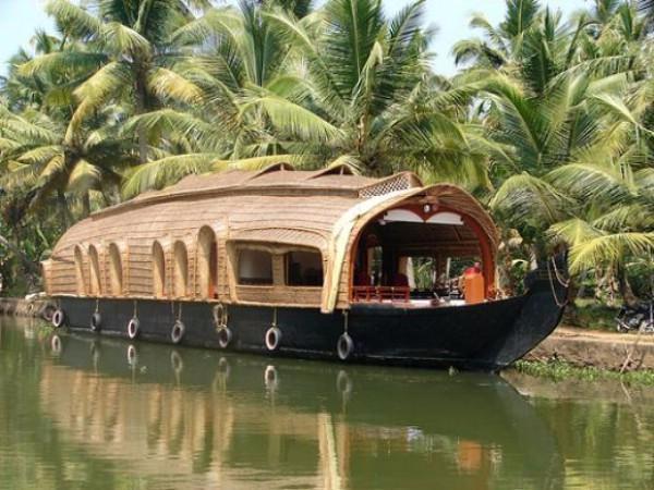 OlisticMap - Yoga and Ayurveda in Eco Retreat at Varkala Beach, South Kerala