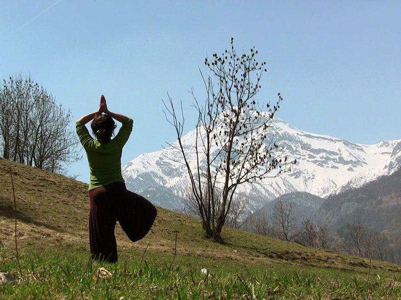 OlisticMap - Pasqua & Benessere: Yoga, sport  per il benessere in montagna